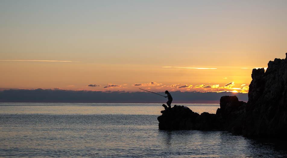 Beim Angeln am Gjipe Beach, Sonnenuntergang